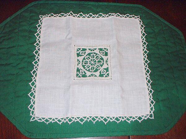 needlace handkerchief